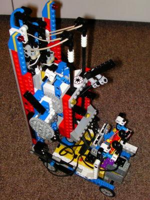 Lego Climbing Robot 01